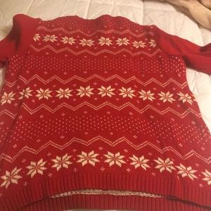 32 Degrees Sweaters - Xmas Sweater. L&T. More like a large. I'm a 10